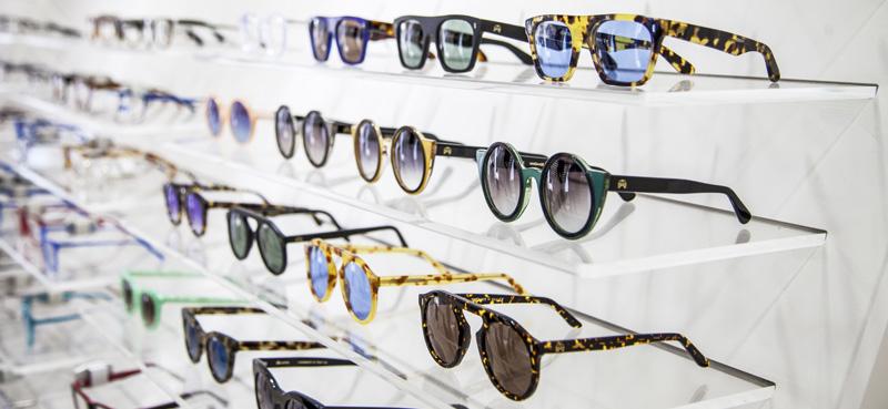 Shop occhiali espositore